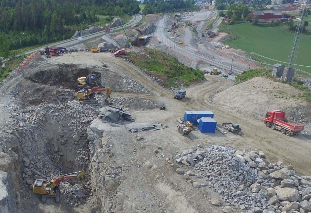 Park & Anlegg AS gjennomfører omfattende prosjektarbeid på Follobanen, status juli 2018.